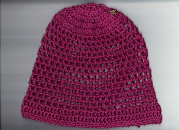 handcrochted raspberry beanie