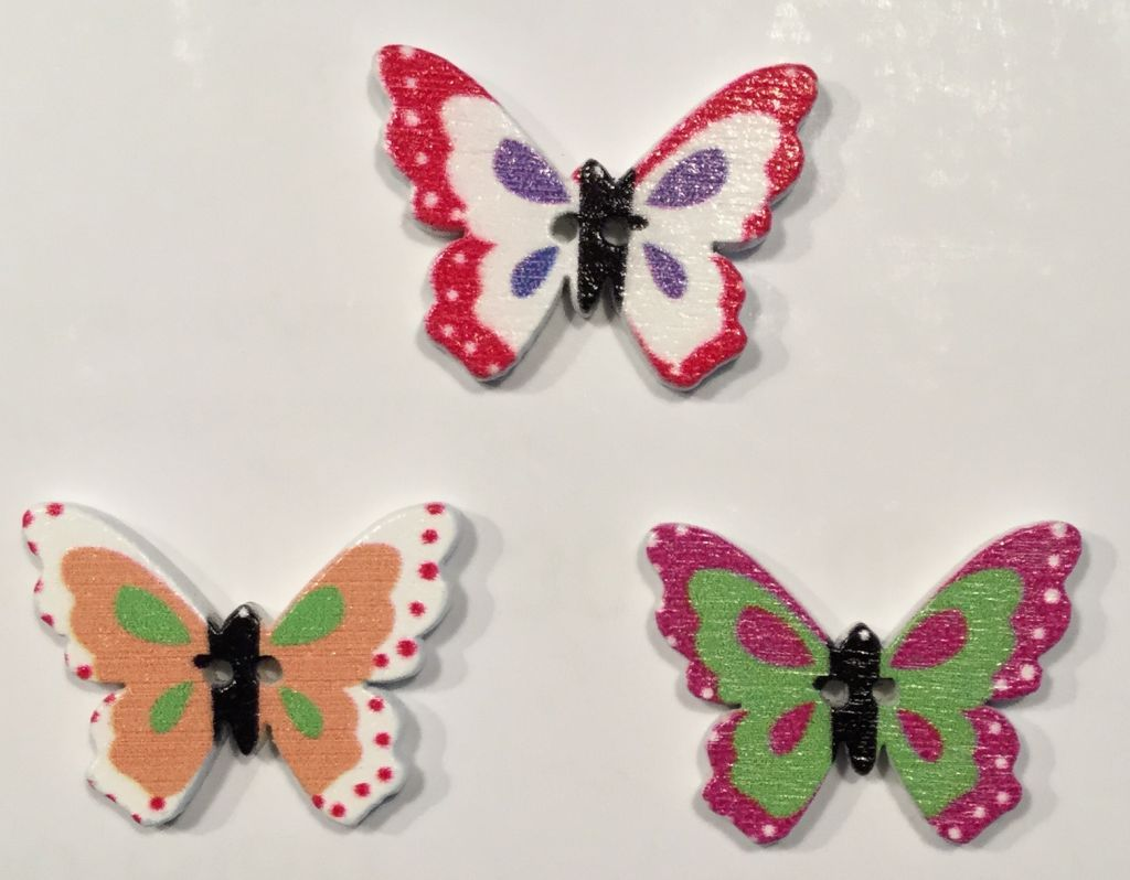 wooden button small butterfly