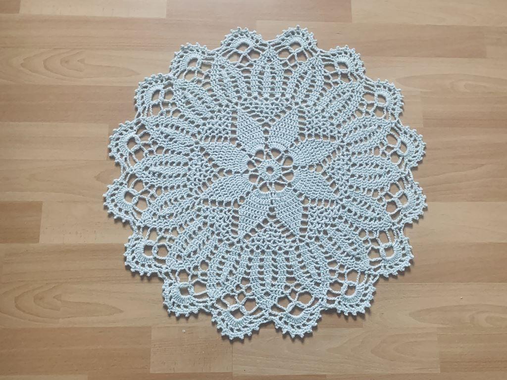 nice shabby crochet cover beige