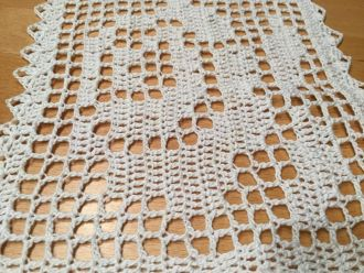 crochet cover white rose