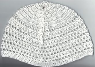 handcrochted white beanie